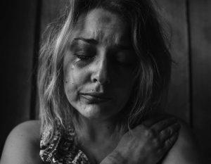 Zlostavljanje djelatnika u ugostiteljstvu: Prepoznavanje, reakcija i rješenje